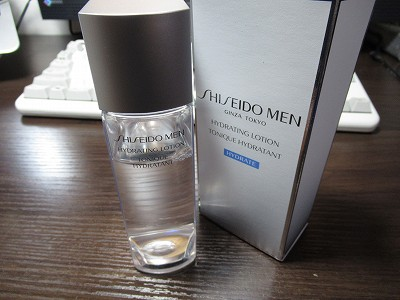 脂性肌 メンズ 化粧水